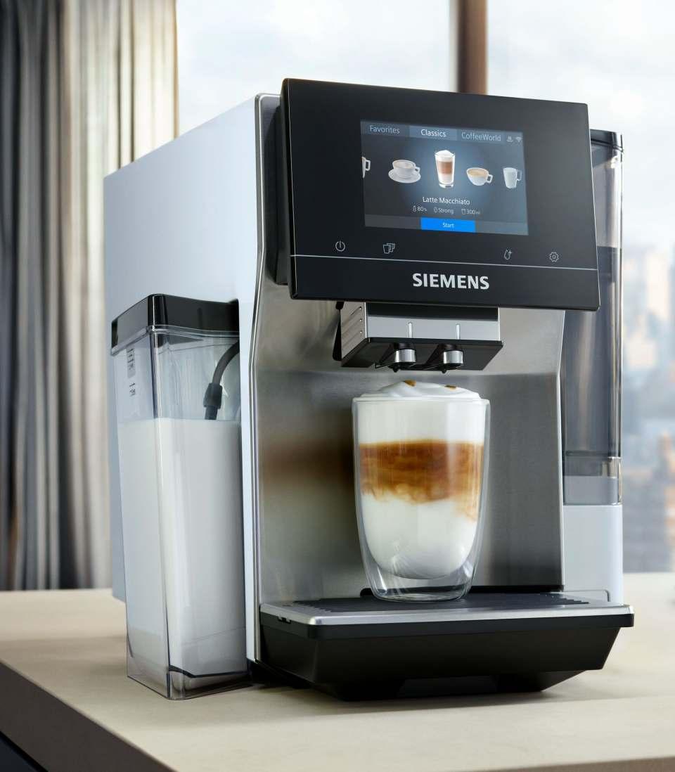 Siemens Kaffeevollautomat EQ.700 mit aromaSelect.