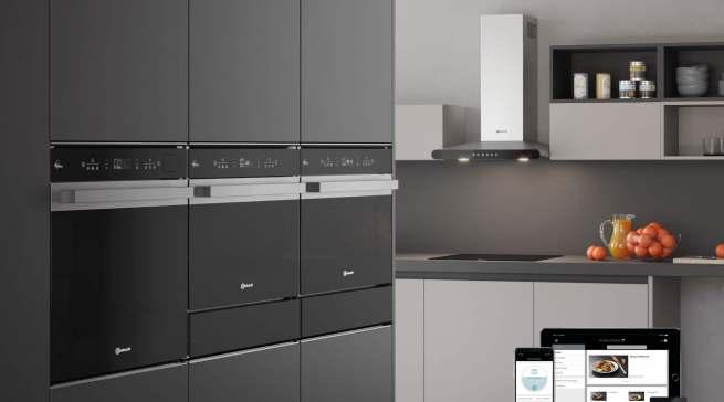 Hingucker in der Küche: Die Designlinie Collection.07 Black Line besticht durch Dynamik und Ausdrucksstärke.