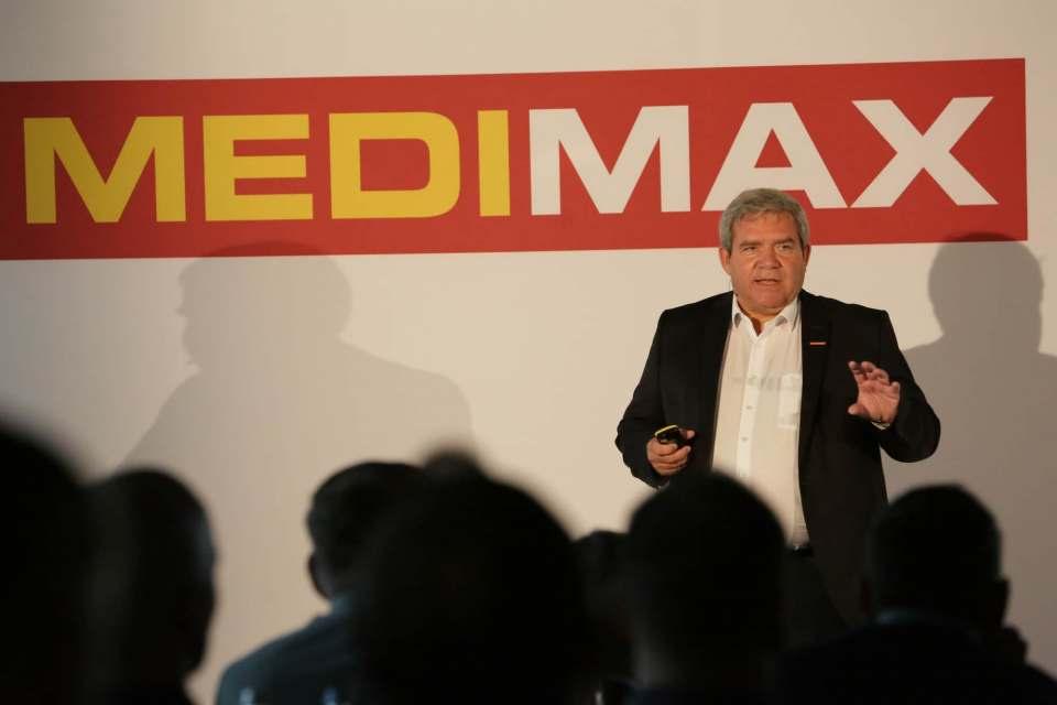 Friedrich Sobol eröffnet die Medimax-Unternehmertagung mit einem Rück- und Ausblick zur Entwicklung der Franchise-Fachmarktlinie.