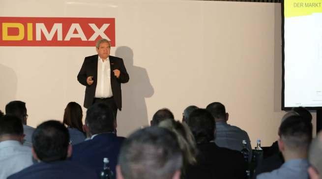 Viele Franchisepartner haben mit Medimax den Schritt in die Selbstständigkeit gewagt. Ihnen verspricht Friedrich Sobol eine offene Kommunikation und Partnerschaft auf Augenhöhe.