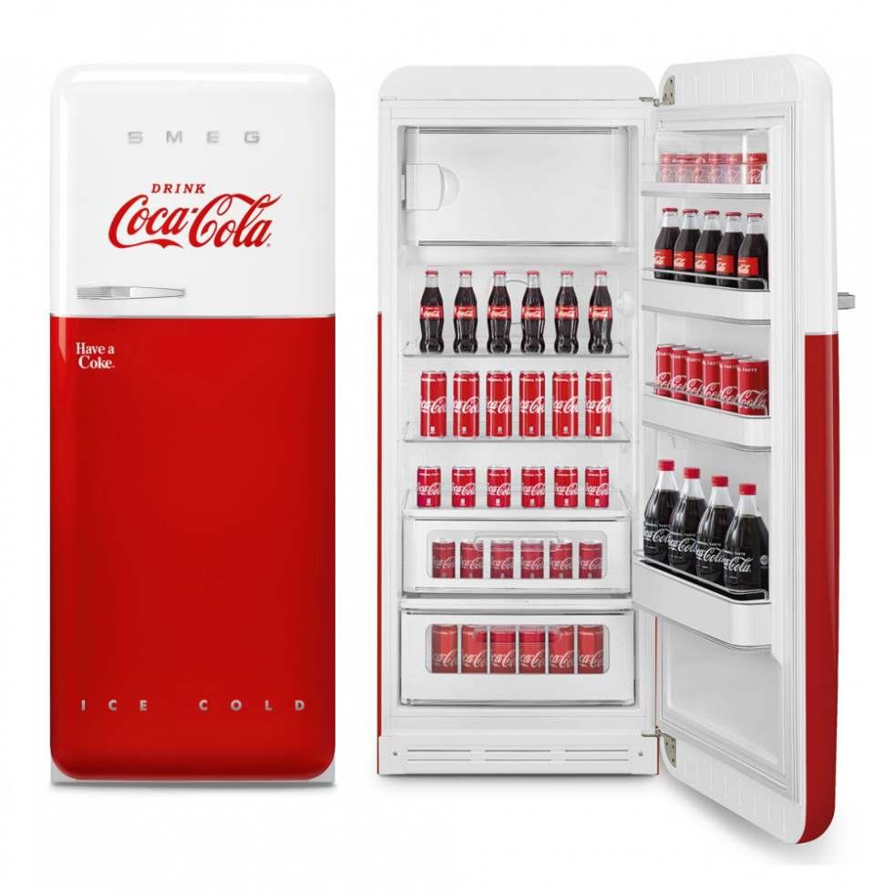 Smeg Kühlschrank FAB28 Coca-Cola im Coca-Cola Design.